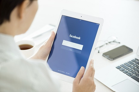 Facebook login on Apple iPad Air