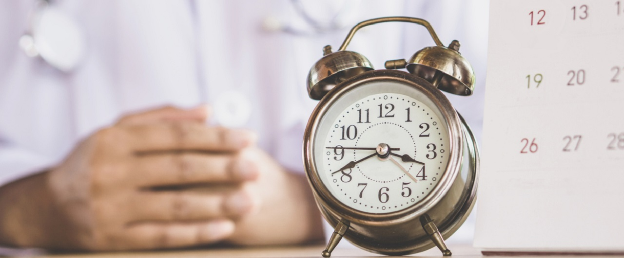 Czy warto wstrzymać się z prowadzeniem wizyt do końca epidemii?