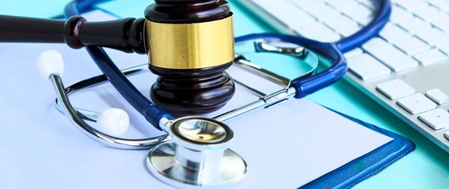 Odpowiedzialność lekarza za błąd medyczny a konsultacje online